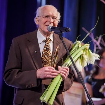Latvijas Ārstu biedrība sirsnīgi sveic docentu Agni Štiftu nozīmīgajā jubilejā!